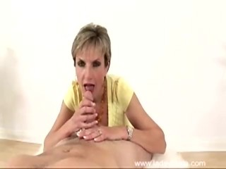 Preview 2 of Lady Sonia - Yellow Top Blowjob