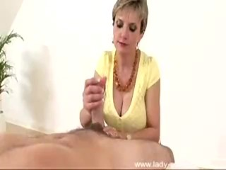 Preview 3 of Lady Sonia - Yellow Top Blowjob