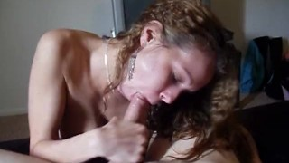 Sexy Blowjob & Swallow In The Sun With The Old Digi Cam! Huge Natural Tits!