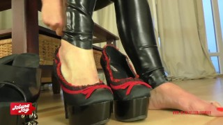 Preview 1 of Instruction to jerk on JolyneJoy's high heels