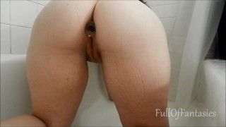 Pissing DoggyStyle with a Butt Plug in my Ass!