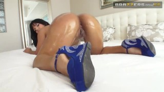 Preview 6 of Brazzers - Buen Culo Brilloso