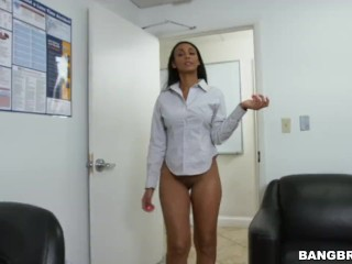 Preview 5 of How to sexually annoy your secretary properly
