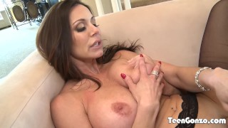 Preview 3 of TEENGONZO Stunning MILF Kendra Lust banged by big dick dude