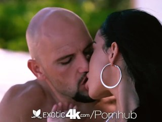 Preview 2 of Exotic4k Huge breasted Victoria Vice fucked after walk on the beach