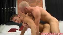 Darius Ferdynand pounds the fuck out of handsome Andro Maas