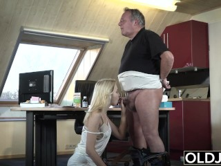Preview 6 of Young Old porn Martha gives grandpa a blowjob and has sex with his old dick