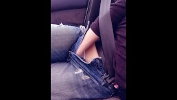 Phone clip DONT TRY THIS! Girlfriend has two orgasms while boyfriend drives