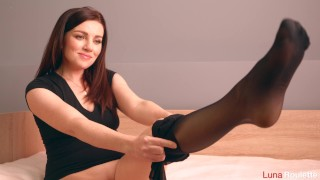Student in pantyhose gets cum in the ass / Luna Roulette